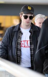 Ui, esse look limpinho aí me encanta, viu? Se bem que ele INTEIRO me encanta. hehehe